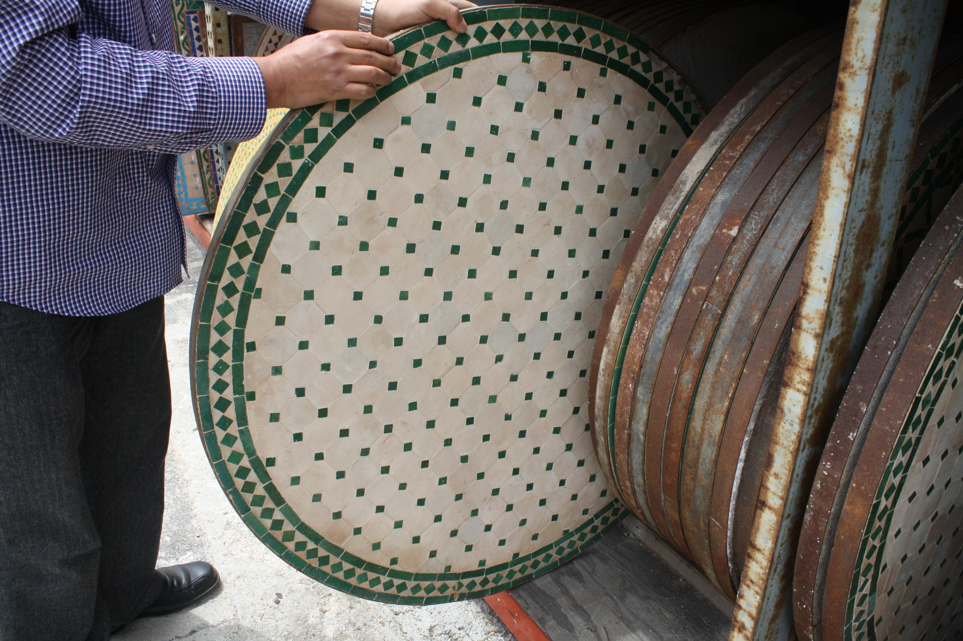 Decorative Mosaic Tile Round Table Moroccan Furniture